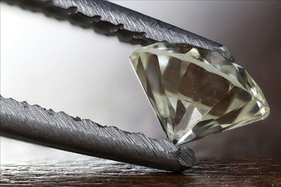 Diamonds, Special Stones and Jewelry Administration